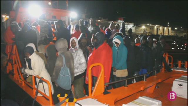 No+cessa+el+goteig+de+migrants+rescatats+al+mar+d%27Albor%C3%A1n