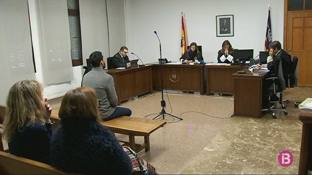 Multen+l%27advocat+Vicente+Campaner+per+incomplir+una+ordre+judicial