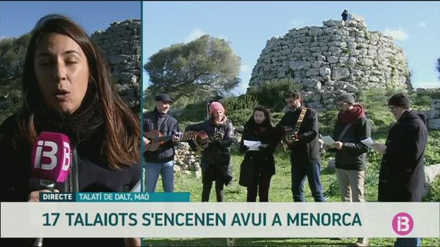 Els+talaiots+de+Menorca+brillen+per+primera+vegada+pels+drets+humans