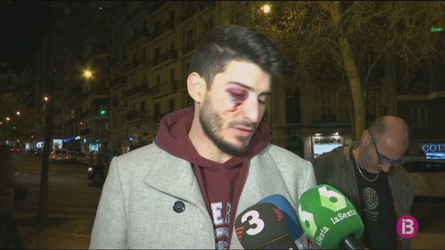 Dos+detinguts+per+una+presumpta+agressi%C3%B3+hom%C3%B2foba+al+metro+de+Barcelona