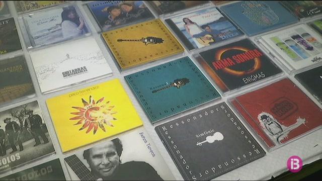 Els+discs+de+vinil+envaeixen+Sant+Antoni+de+Portmany