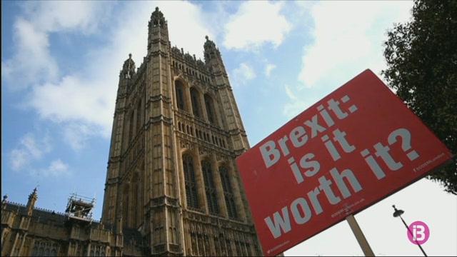 May+descarta+un+segon+refer%C3%A8ndum+pel+Brexit