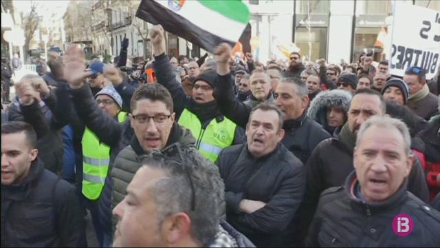 El+govern+de+la+Comunitat+de+Madrid+rebutja+la+nova+proposta+dels+taxistes+per+regular+l%27activitat+dels+VTC