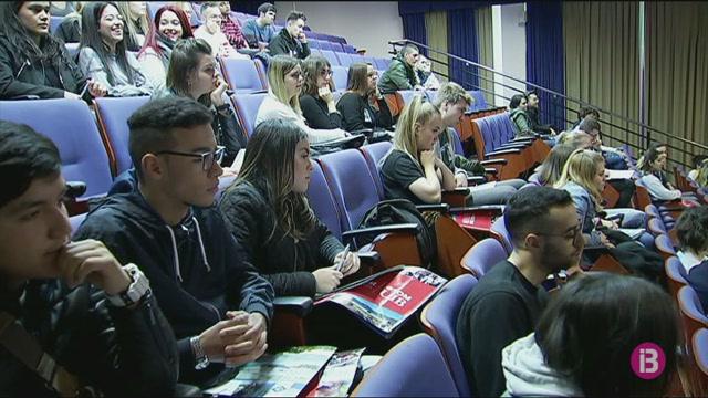 La+UIB+rep+els+144+alumnes+d%27intercanvi+d%27aquest+semestre