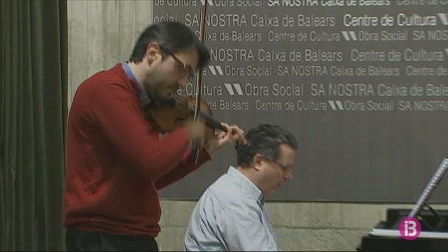 Dos+professors+del+conservatori+interpreten+per+primer+cop+l%27obra+per+a+piano+i+viol%C3%AD+de+Manuel+Quiroga