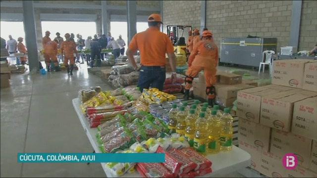 Nicol%C3%A1s+Maduro+continua+impedint+l%27entrada+d%27ajuda+humanit%C3%A0ria+a+Vene%C3%A7uela