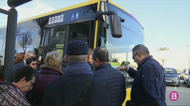 Menorca+activa+4+l%C3%ADnies+de+bus+per+donar+servei+a+l%27Imserso