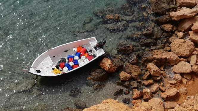 Interior+llogar%C3%A0+un+avi%C3%B3+i+vaixells+per+a+retornar+a+Alg%C3%A8ria+els+migrants+arribats+a+les+Illes