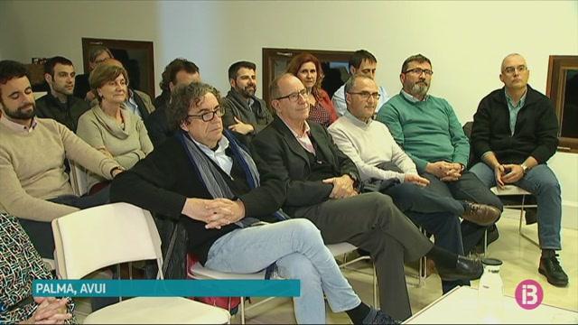 El+PSIB+prepara+el+seu+programa+electoral+en+contacte+amb+la+gent