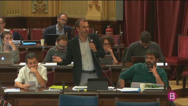El+Parlament+aprova+la+llei+de+consultes+populars