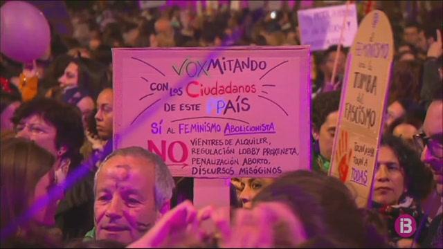 Clam+feminista+multitudinari+arreu+d%27Espanya