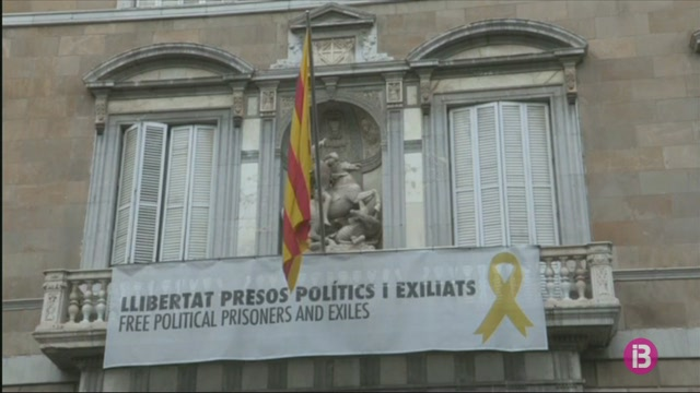 La+Junta+Electoral+Central+ordena+a+la+Generalitat+retirar+els+lla%C3%A7os+grocs+dels+edificis+p%C3%BAblics