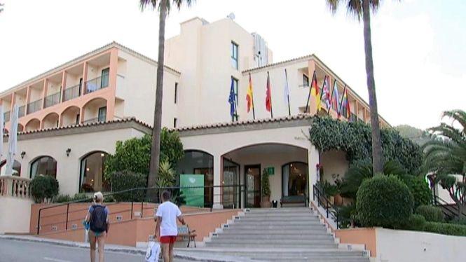Alguns+hotels+decideixen+no+cobrar+per+duplicat+l%27estan%C3%A7a+del+turistes+de+Thomas+Cook