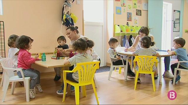 Signen+al+Parlament+el+Pacte+per+a+l%27Educaci%C3%B3+dels+infants+de+0-3+anys