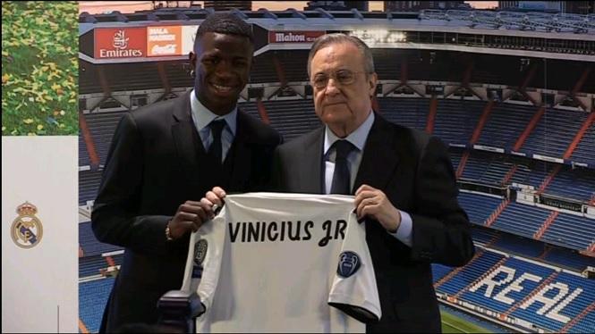 El+Reial+Madrid+presenta+Vinicius