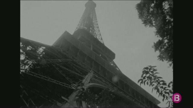 La+Torre+Eiffel+celebra+130+anys