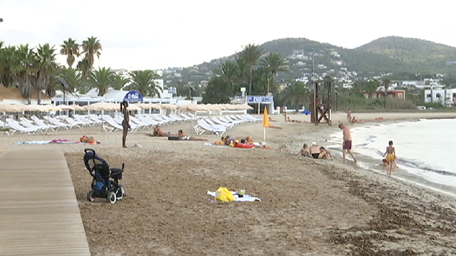 Eivissa+comen%C3%A7a+el+primer+dia+de+noves+restriccions+sense+grans+incid%C3%A8ncies