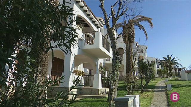 Devers+900+propietats+podran+entrar+a+Menorca+al+mercat+tur%C3%ADstic