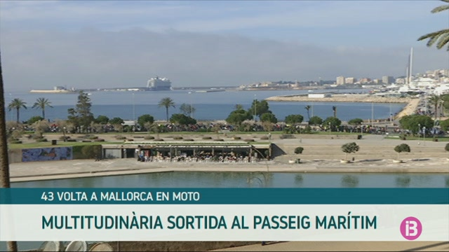 La+43a+Volta+a+Mallorca+en+moto+omple+el+Passeig+Mar%C3%ADtim+de+Palma