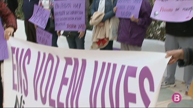 Dones+Progressistes+demana+m%C3%A9s+mitjans+per+resodre+el+cas+Nuria+Escalante
