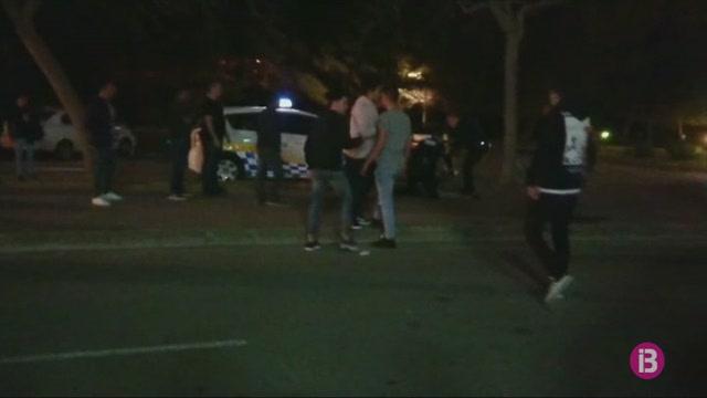 Detingut+un+jove+de+Ferreries+per+atemptar+contra+tres+agents+de+la+Policia+Local+de+Ciutadella