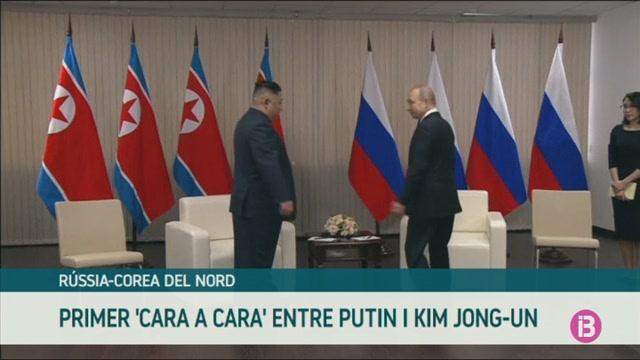 Primer+%26%238216%3Bcara+a+cara%27+%26%238216%3Bpac%C3%ADfic%27+entre+Kim+Jong-un+i+Vlad%C3%ADmir+Putin