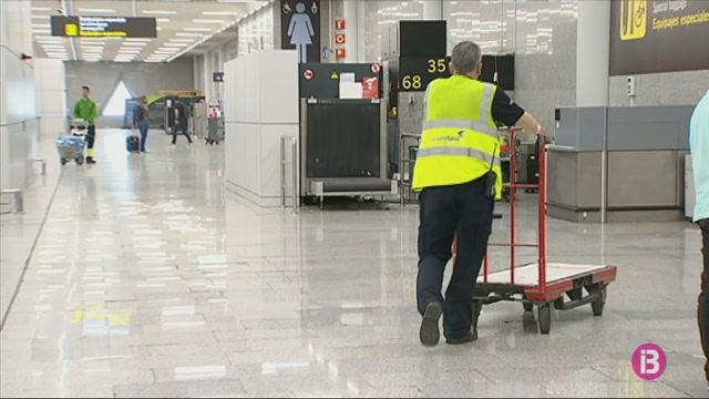 8.000+treballadors+de+personal+de+terra+d%27AENA+esperen+un+nou+conveni