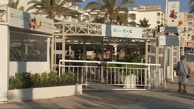 Pocs+turistes+i+molts+negocis+tancats+a+la+Platja+de+Palma