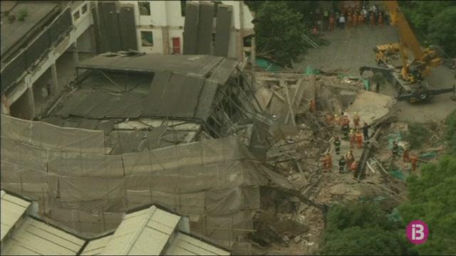 Almanco+cinc+morts+per+l%27esfondrament+d%27un+edifici+a+la+Xina