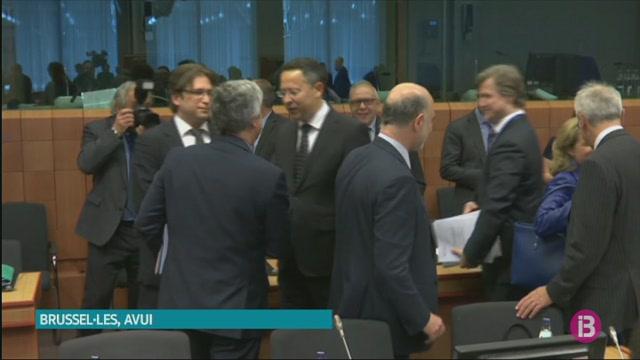 La+Comissi%C3%B3+Europea+multa+amb+1.000+milions+a+5+bancs