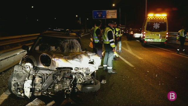 Detinguda+una+dona+per+conduir+sota+els+efectes+de+l%27alcohol+i+provocar+un+accident