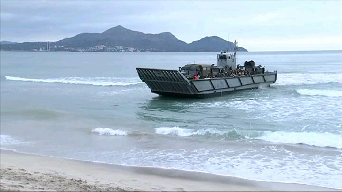 Les+maniobres+militars+Balearix-19+desembarquen+a+la+platja+de+Muro