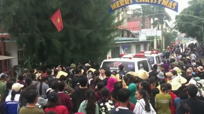 Repatriats+els+16+primers+cossos+dels+vietnamites+morts+a+Essex