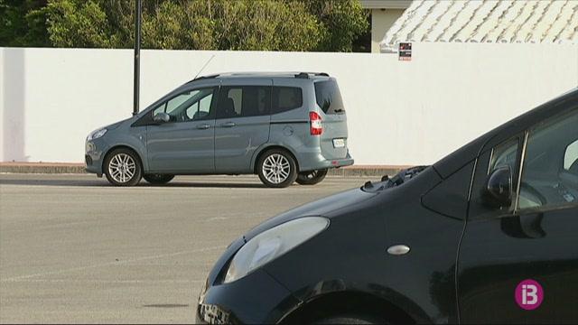 Menorca+demana+2M%E2%82%AC+de+fons+europeus+per+instal%C2%B7lar+parcs+fotovoltaics+a+10+aparcaments