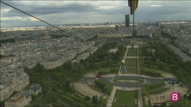 La+torre+Eiffel%2C+des+d%27un+altre+perspectiva