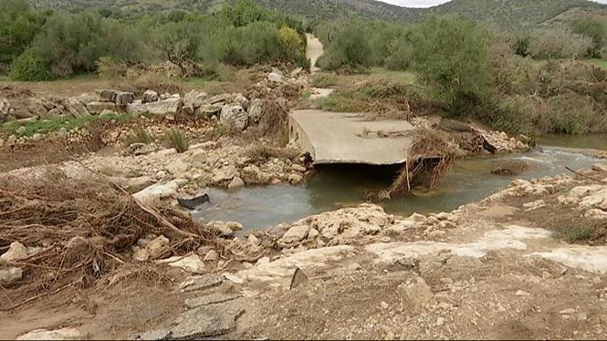 Sant+Lloren%C3%A7+demana+ajuda+institucional+pels+danys+de+la+torrentada+a+fora+vila
