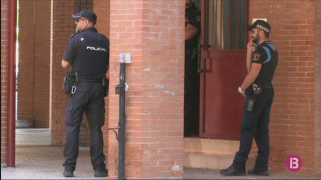 Detingut+un+home+per+matar+a+trets+la+seva+cunyada+i+ferir+dos+familiars+a+Aranjuez