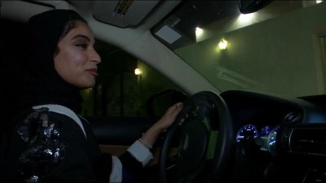 Les+dones+ja+poden+conduir+a+l%27Ar%C3%A0bia+Saudita