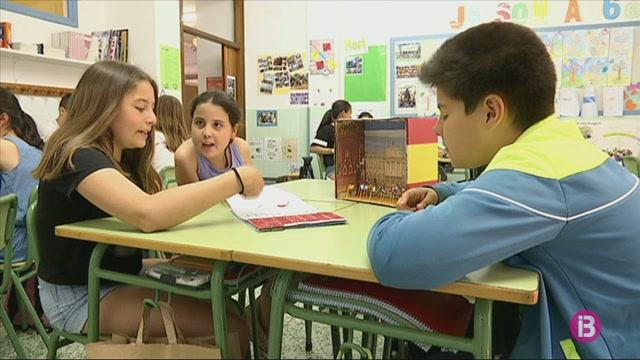 Una+alumna+d%27Alaior+representar%C3%A0+les+Balears+davant+el+rei+Felip