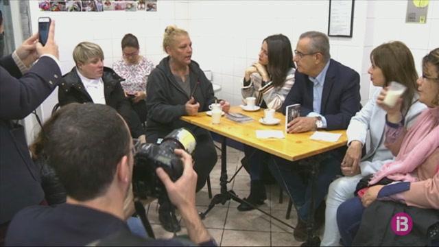 Celestino+Corbacho+trenca+amb+Valls+i+s%27alia+amb+Ciutadans