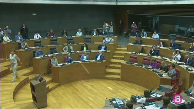 Pacte+entre+socialistes+i+nacionalistes+a+Navarra