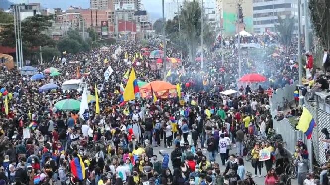 42+morts+en+les+protestes+contra+el+govern+colombi%C3%A0
