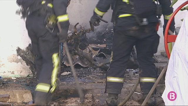 Dos+ferits+per+cremades+lleus+en+un+incendi+d%27un+magatzem+a+Eivissa