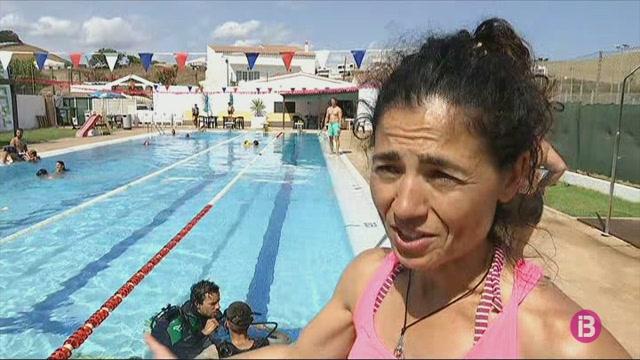 El+%26%238216%3BMulla%27t+per+l%27esclerosi%27+s%27ha+fet+enguany+a+7+platges+i+3+piscines+de+Menorca