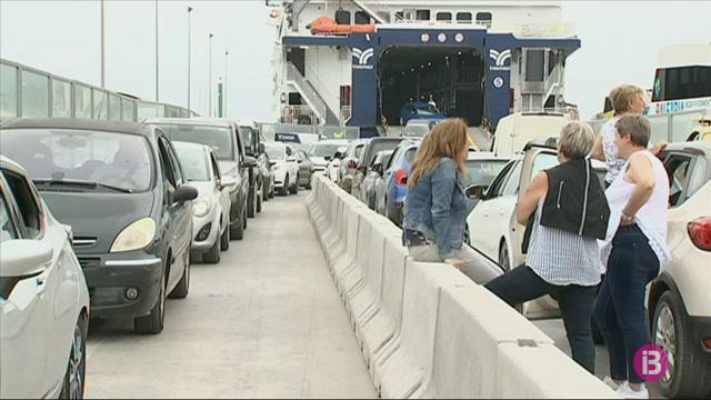 Formentera+esgota+algunes+de+les+quotes+d%27entrada+de+vehicles+en+15+dies