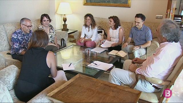La+FAPA+reclama+m%C3%A9s+pressupost+educatiu+al+Govern