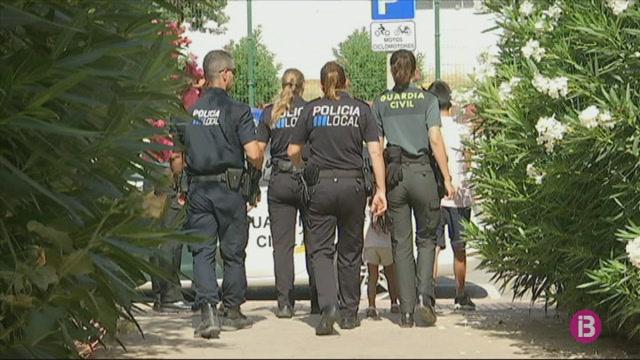 Operaci%C3%B3+policial+amb+menors+en+un+domicili+de+Puig+d%27en+Valls