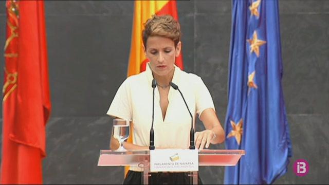 La+socialista+Mar%C3%ADa+Chivite+assumeix+el+poder+a+Navarra