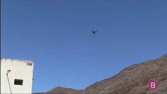 Els+drons+que+ens+multaran+des+de+l%27aire+ascendeixen+120+metres