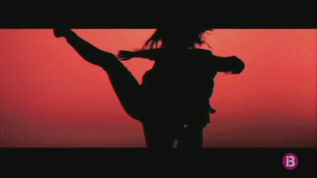 Luz+Casal+actua+al+Teatre+Principal+de+Ma%C3%B3+amb+un+repertori+especial